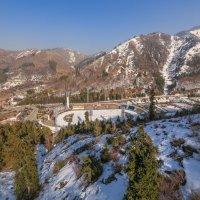 выскогорный каток Медео в горах Алматы :: Марат Макс