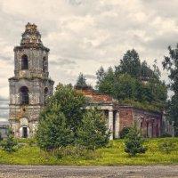 Церковь Флора и Лавра в селе Степурино :: Анатолий Максимов