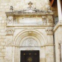 Дверь святыни... :: M Marikfoto