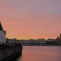 Весенний закат в Санкт-Петербурге :: Alex Bezvetrenniy