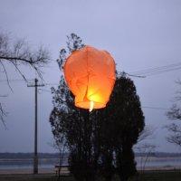 Запуск китайского фонарика. :: Aлександр **
