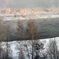 Холодное утро,река Ангара... :: Александр Попов