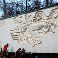 ......вот так храним память о них :: Александра Полякова-Костова