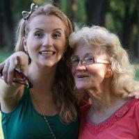 Мама с дочкой :: Андрей Майоров