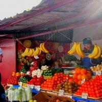 На рынке :: Ростислав