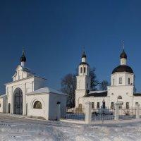 церковь по дороге на монастырь зосимова пустынь :: юрий макаров