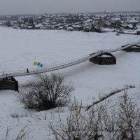 Подвесной мост через реку Тура в Верхотурье. :: Олег Дейнега