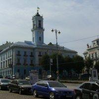 Городская  ратуша  в  Черновцах :: Андрей  Васильевич Коляскин