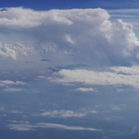 Тучка. Отдельное грозовое облако. :: Alexey YakovLev