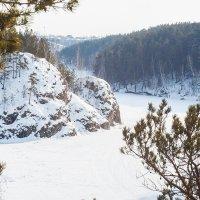 Спит под снегом Исеть... :: Дмитрий Костоусов