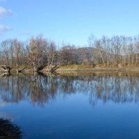 Предгорное озеро :: Тамара Мадюдина