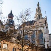 Башни собора с боку :: Witalij Loewin