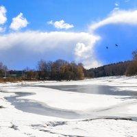 Весенние берега реки Руза :: Андрей Куприянов