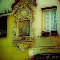 Тихая улочка старой Генуи :: Ирина Falcone