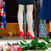 Женские ножки... :: Михаил Столяров