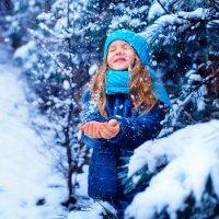 Мартовский снег :: Ольга Малинина