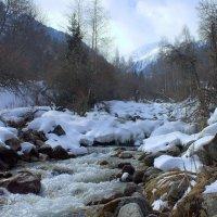 март в горах гуляет :: Сергей Савич.