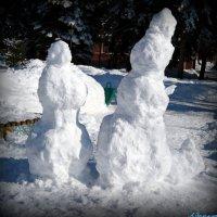 Останки снежных баб.. :: Андрей Заломленков