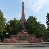 Памятник  советским  воинам - освободителям  в  Черновцах :: Андрей  Васильевич Коляскин