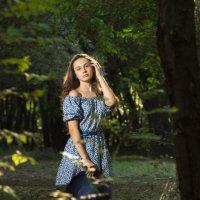 в лесу :: юлия макухина