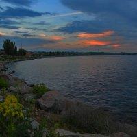 Закат над набережной. :: Сергей Фунтовой