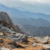 вид с высоты гребня :: Горный турист Иван Иванов