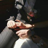 Прикосновение любимых рук :: Наталья Малина