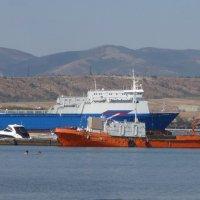 Морской порт Геленджика. :: Alexey YakovLev