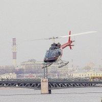 Вертолёт над Невой :: Весна
