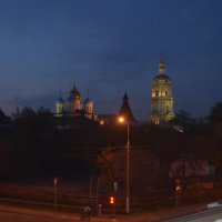 вид на монастырь с моста :: Галина R...