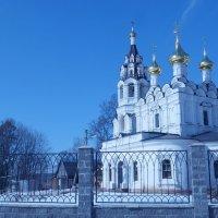 Церковь Трёх Святителей :: Leonid Kubarev