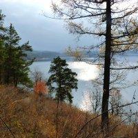 На озере Тургояк :: Александр Садовский