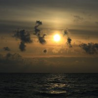 На закате -мифологические сценки :: valeriy khlopunov