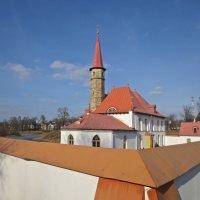 взгляд с горки на Приоратский дворец :: Елена