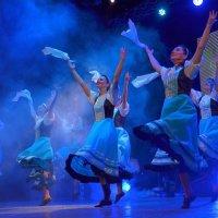 Танец :: Ростислав
