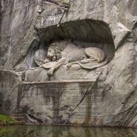 Умирающий лев. Швейцария, Люцерн. :: Наталья Иванова
