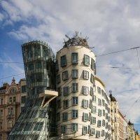 Танцующий дом.Прага. :: Владимир Леликов