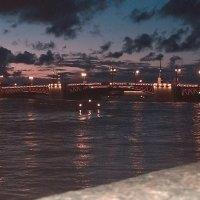 Вид на дворцовый мост :: Самохвалова Зинаида