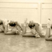 Один день в классе балета... :: Светлана Мизик