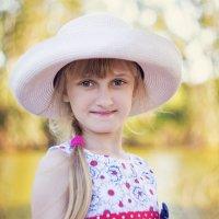 Девочка в шляпке :: Genadi Zamirsky