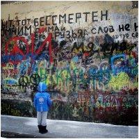 Внук у стены В. Цоя . :: Игорь Абламейко
