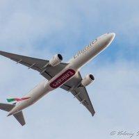 Emirates Boeing 777-31H (ER) A6-ECF Рейс Санкт-Петербург - Дубаи :: Валерий Смирнов
