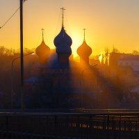 Утро красит нежным светом... :: Роман Макаров