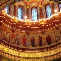 Свет веры. Купол храма Христа Спасителя :: Дмитрий Никитин