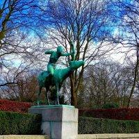 Diana + Hirschkuh. Hamburg. Stadtpark :: Nina Yudicheva