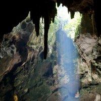 Храм в пещере :: Надежда Сафронова