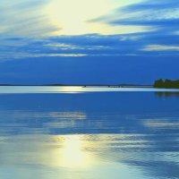 То ли озеро в небо упало, то ли небо в озёрах плывёт.. :: George Nik