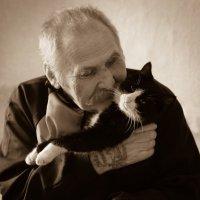Дружба человека с котом :: Iuliia Efremova