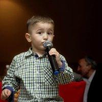 Молодое дарование на полную мощь стихами . :: Николай Сапегин
