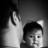 Малышка с папой :: Маро Арушанян